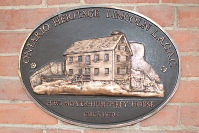 Humphrey_Home_Historic_Plaque_in_Colour
